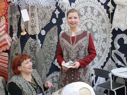 Фото вологодского кружева на ярмарке «Российский лен»